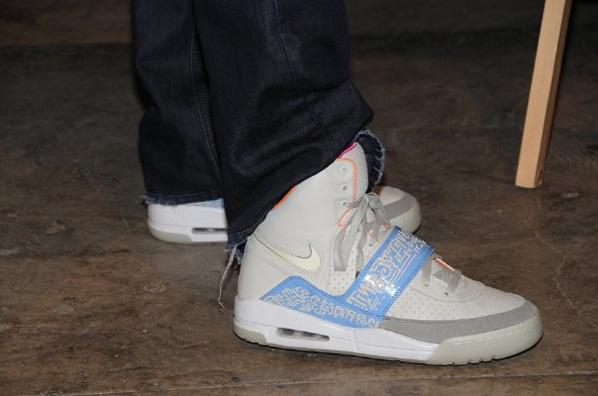 :Nike Air Yeezy - Yeezy II